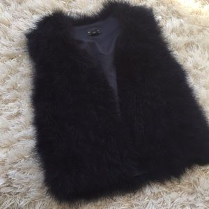 club Monaco navy marabou feather vest never wear